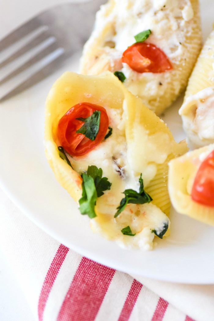 Cheesy Grilled Chicken Stuffed Shell 1