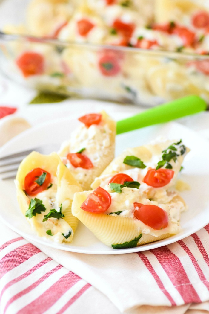 Stuffed Shells with Spinach and Chicken 1