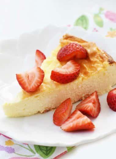 Strawberry Keto Cheesecake Made with Stevia