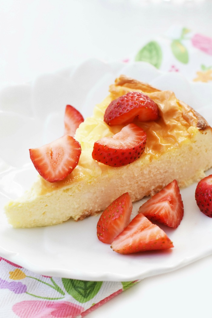 Strawberry Keto Cheesecake Made with Stevia