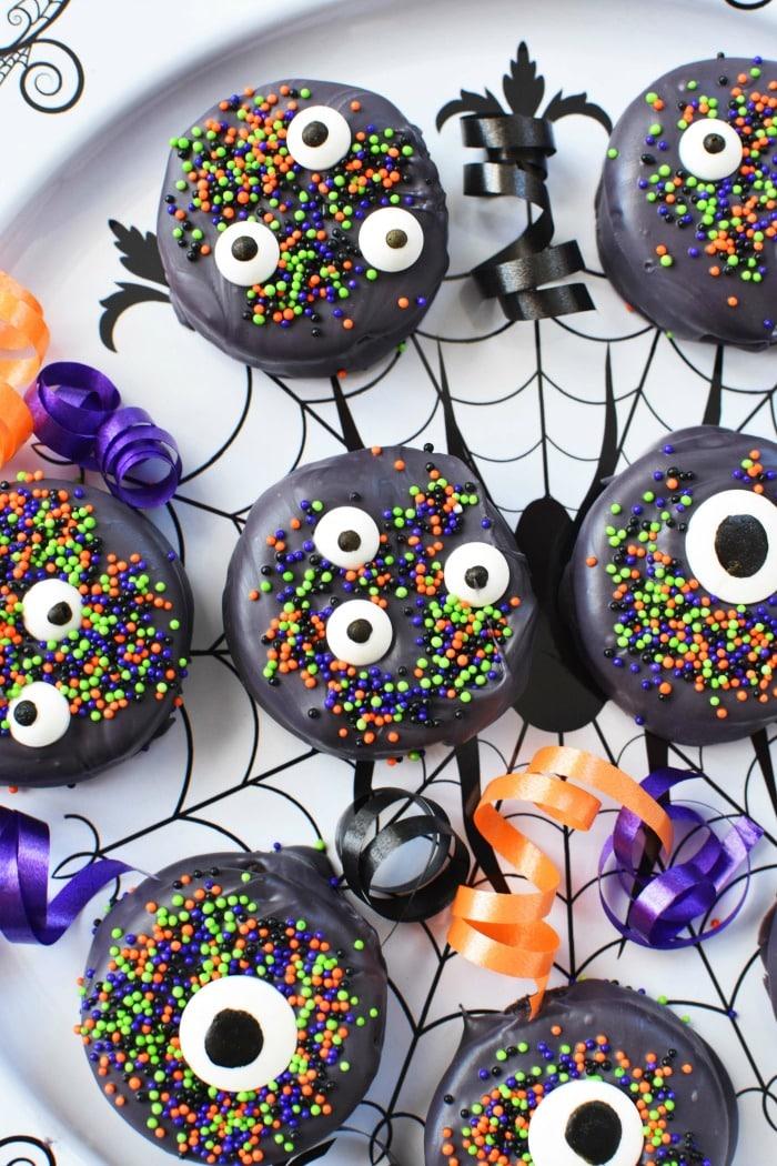 Black Halloween Candy Oreos 1