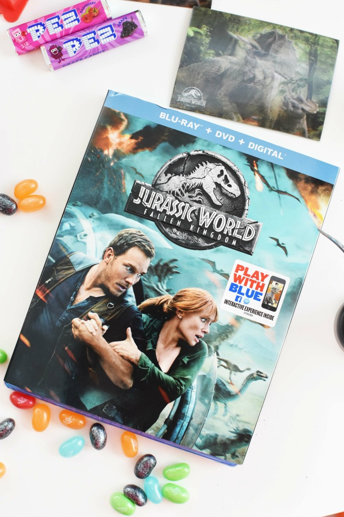 Jurassic World movie cover 1