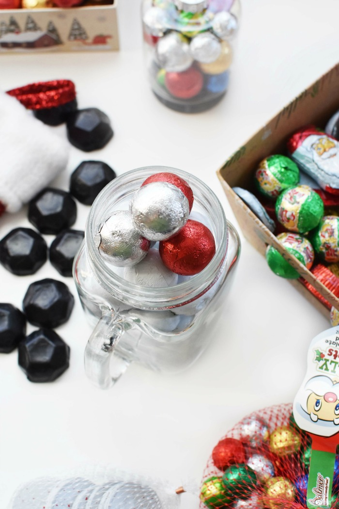 Palmer Christmas Caramel Foil Balls in Mug 1