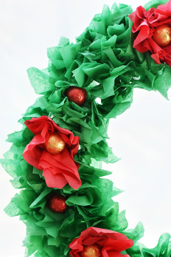 Red poinsettia tissue paper wreath 1