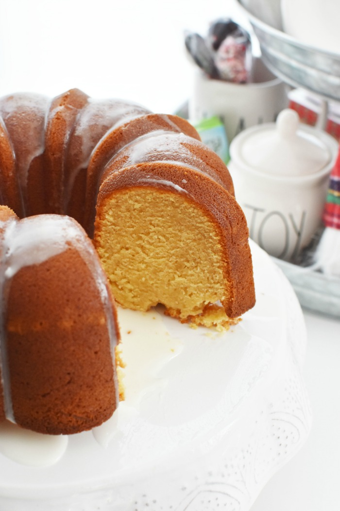 Apple Juice cake with icing 1