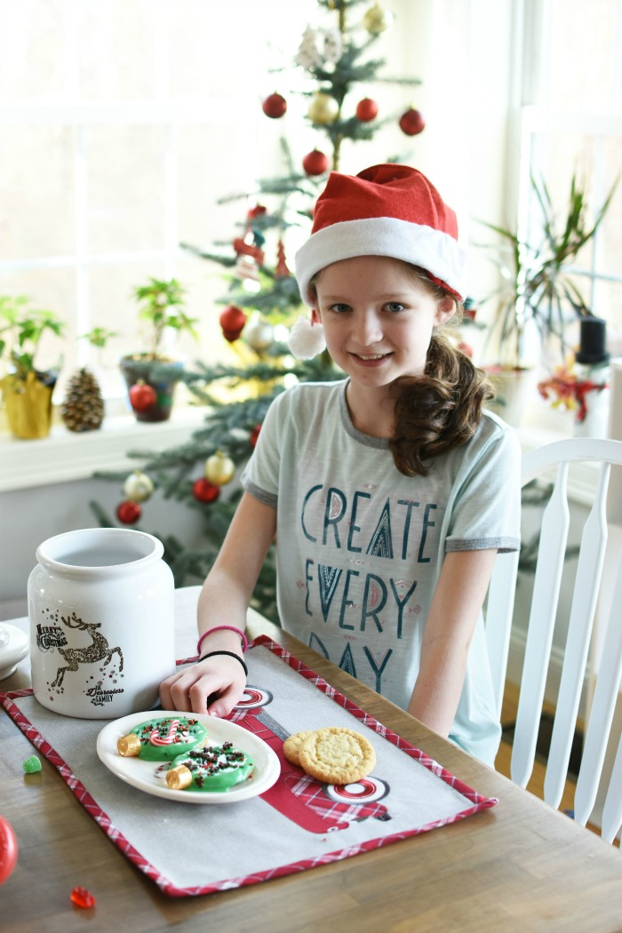Girl decorating cookies 1