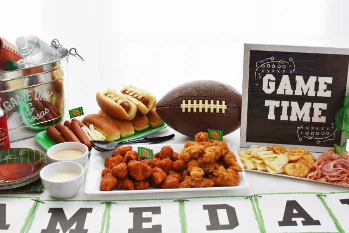Homegating Football spread 1