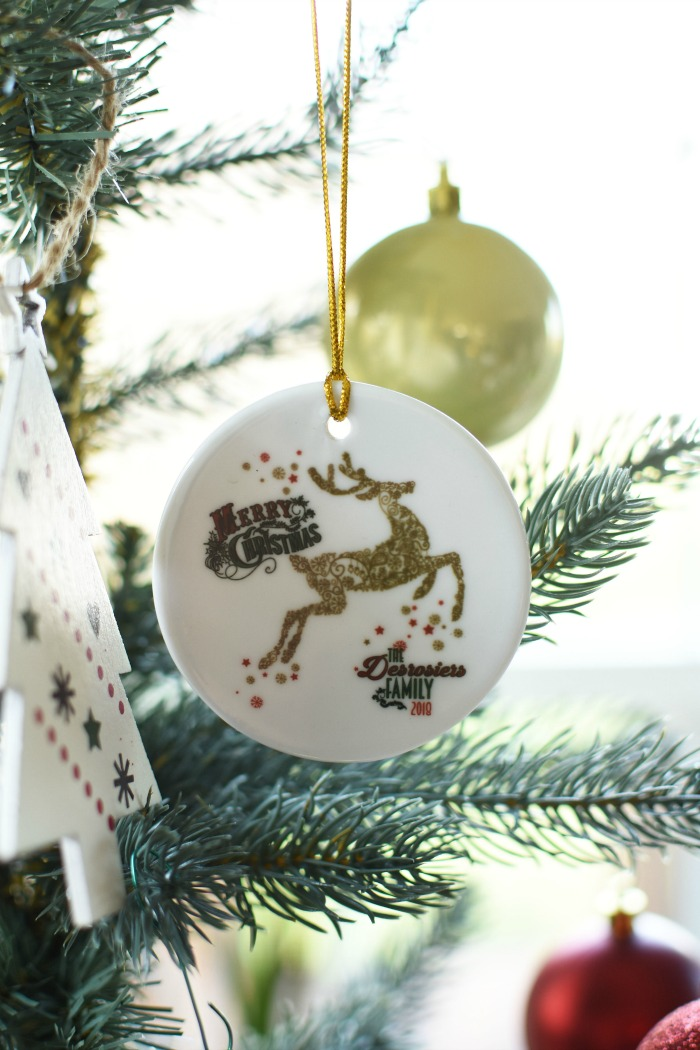 Reindeer personalized family ornament 1