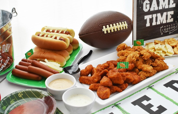Tailgating table spread 1