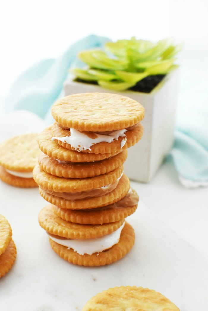 Peanut Butter and Fluff on Ritz 1