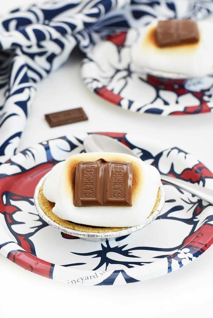 Mini baked S'mores pies on red, white, and blue Vineyard Vines plates