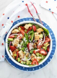Spinach Strawberry Salad with feta and chicken 1