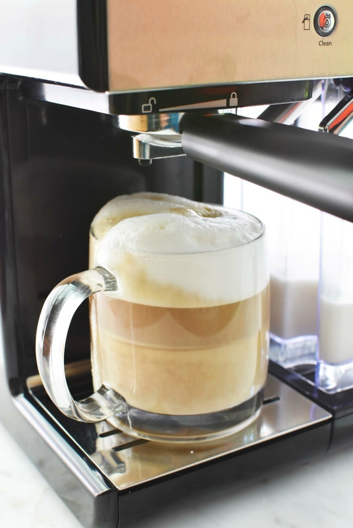 Hot Cappuccino at home