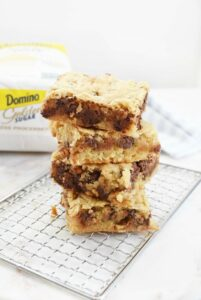 Blondies with nuts