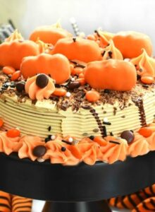 Reeses Halloween Ice Cream Cake