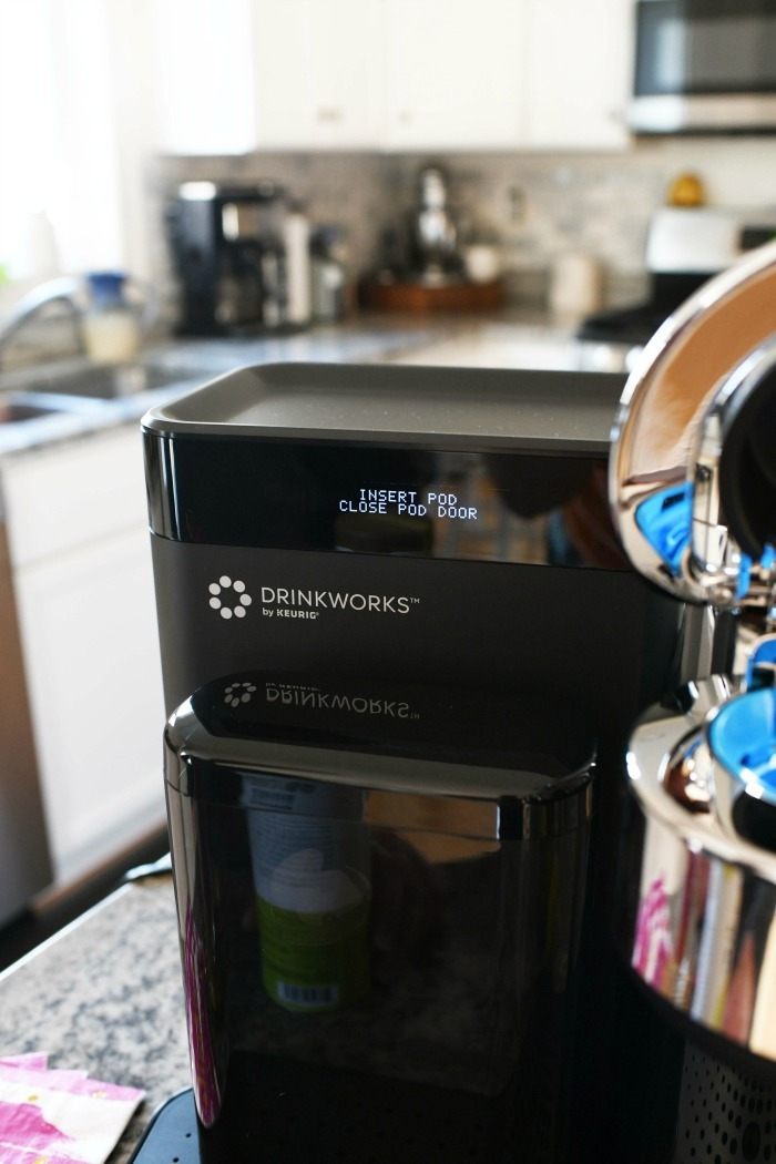 Drinkworks maker up close.