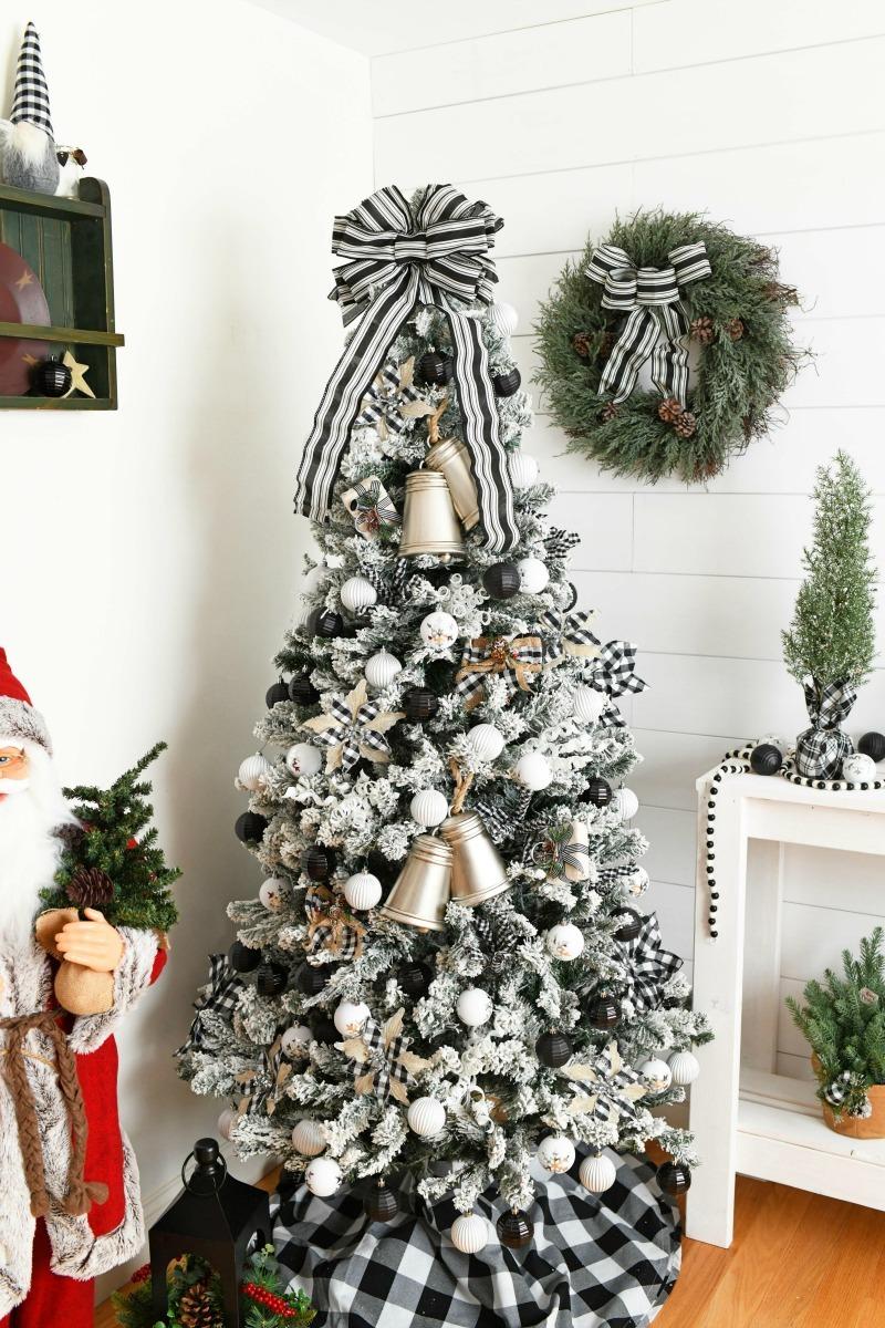Buffalo Plaid Christmas Decor Ideas Savvy Saving Couple