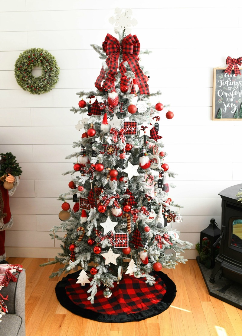 Buffalo Plaid tree idea in white den.