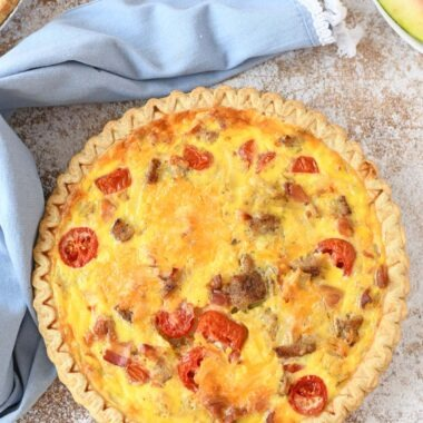 Baked cheesy breakfast quiche recipe.